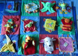 Snuffelkleed speeltjes